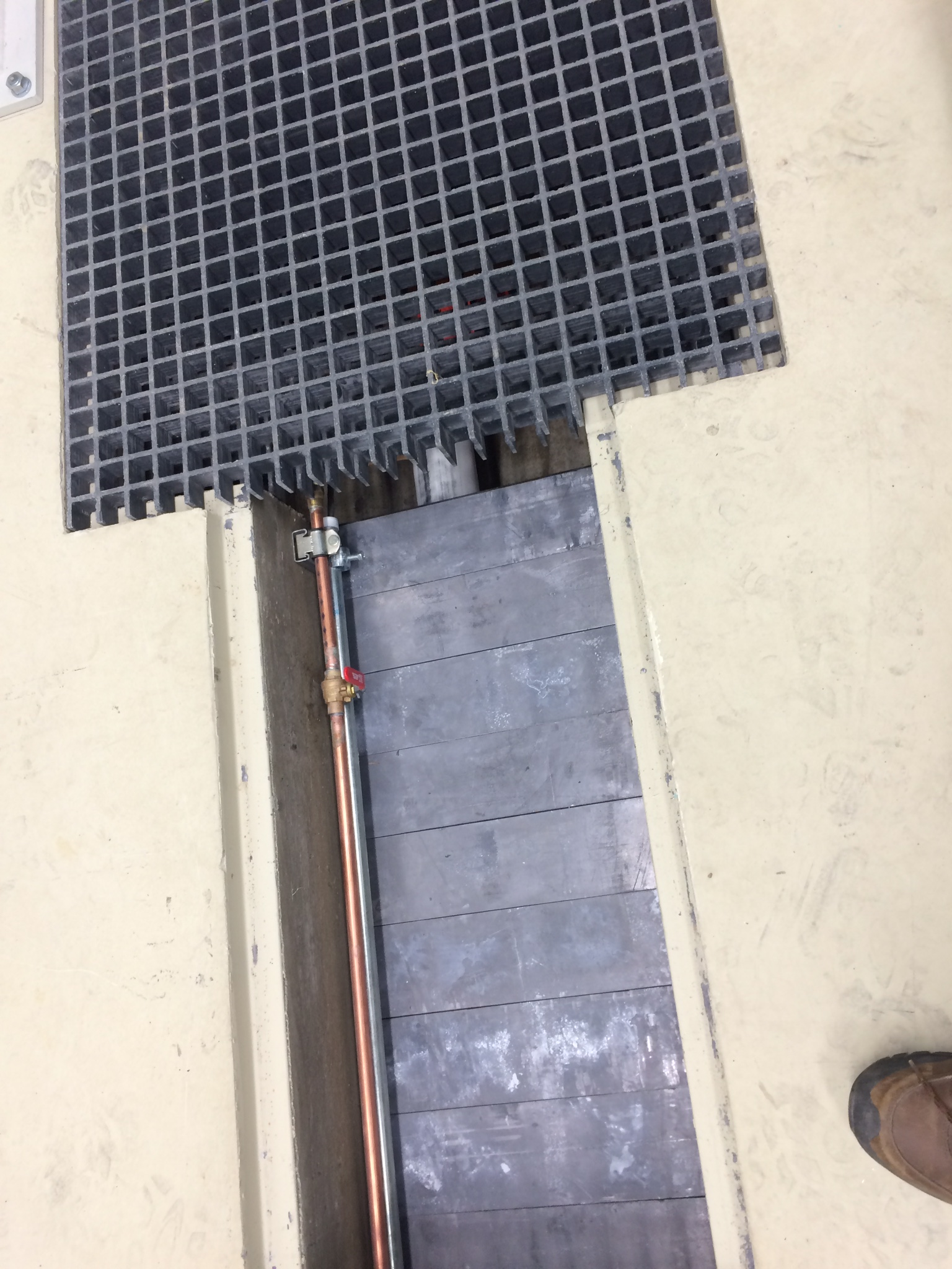 Lead-covered transfer pipes